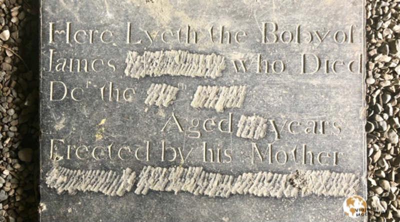 Lápida misteriosa de la Abadía de Sligo