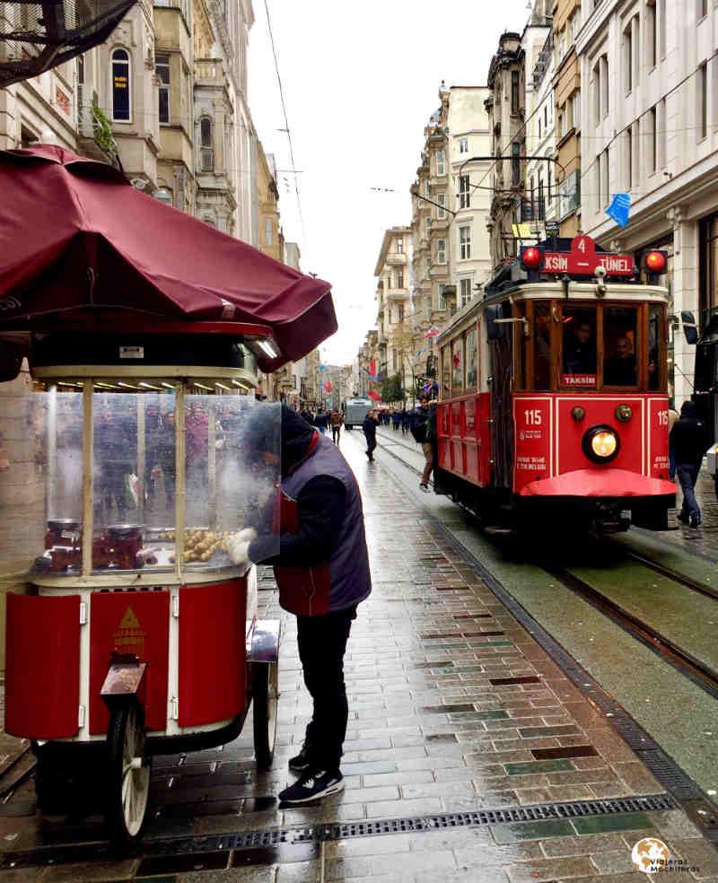 Tranvia antiguo Estambul