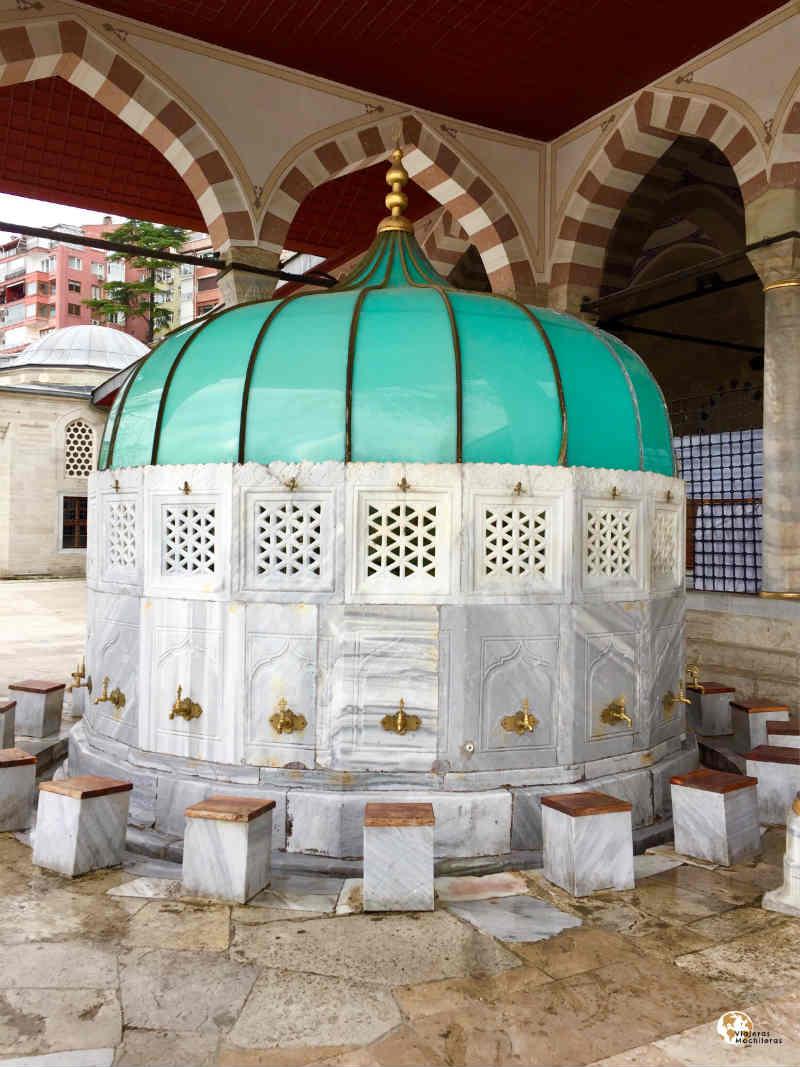 fuente de Mihriman Sultan en la parte asiática de Estambul