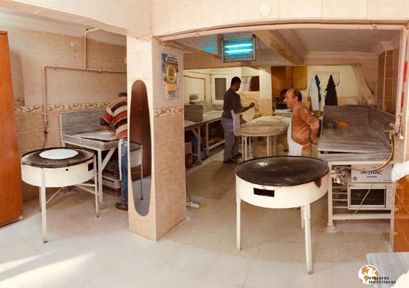 artesanos en la parte asiática de estambul