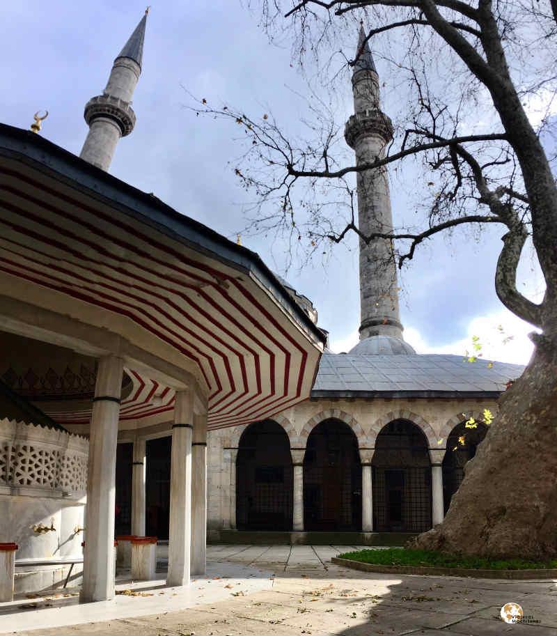 Mezquita de Atik en üsküdar